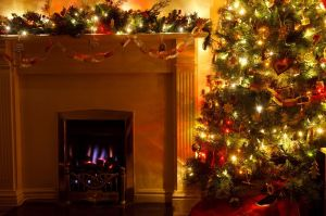 christmas_tree_with_fireplace